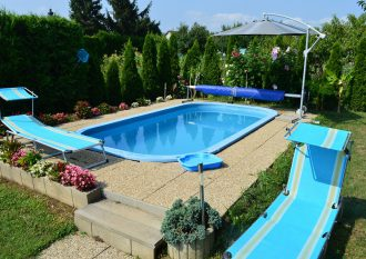 balaton-apartament-pola-z-basenem-helka-travel